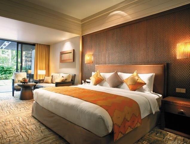 high_grade_hotel_bedroom_furniture_sets_with_modern_platform_bed_writing_desk_1