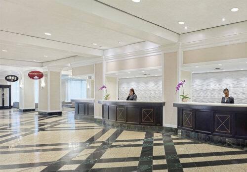 luxury_5_star_hotel_lobby_furniture_fabric_sofa_stainless_steel_frame_ebony_reception_table_set_2
